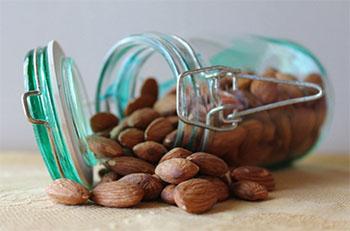cemilan sehat ibu hamil pisang almond