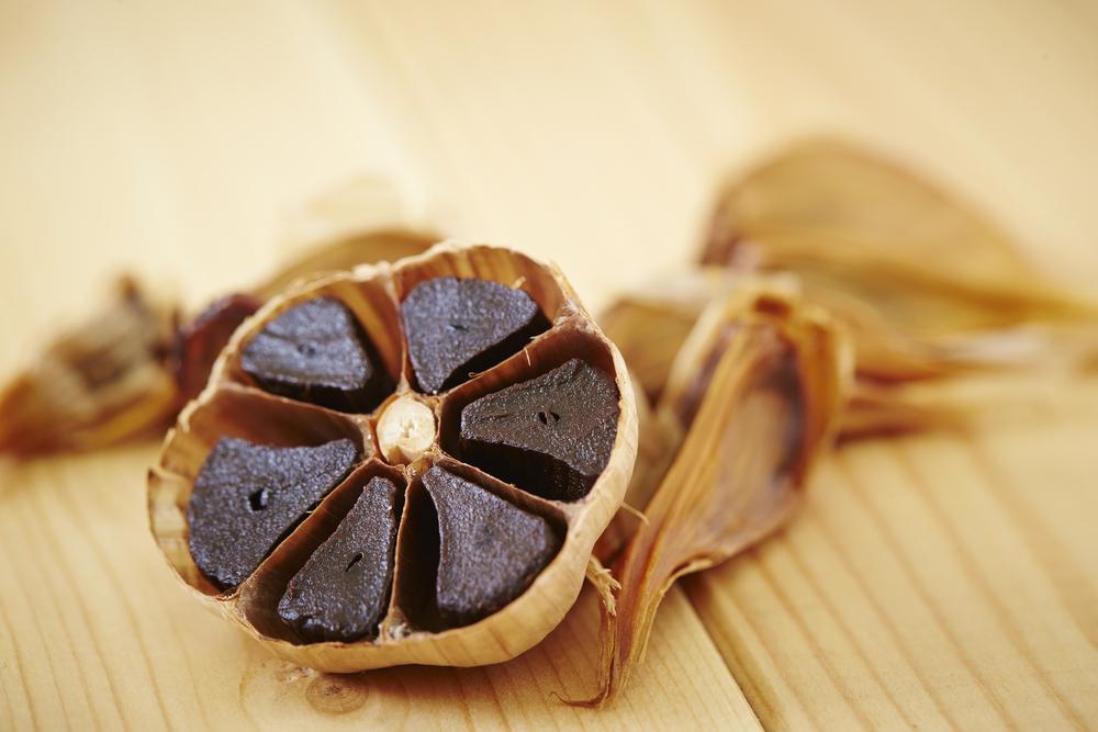 Black Garlic: Fermentasi Bawang Putih Yang Penuh Manfaat